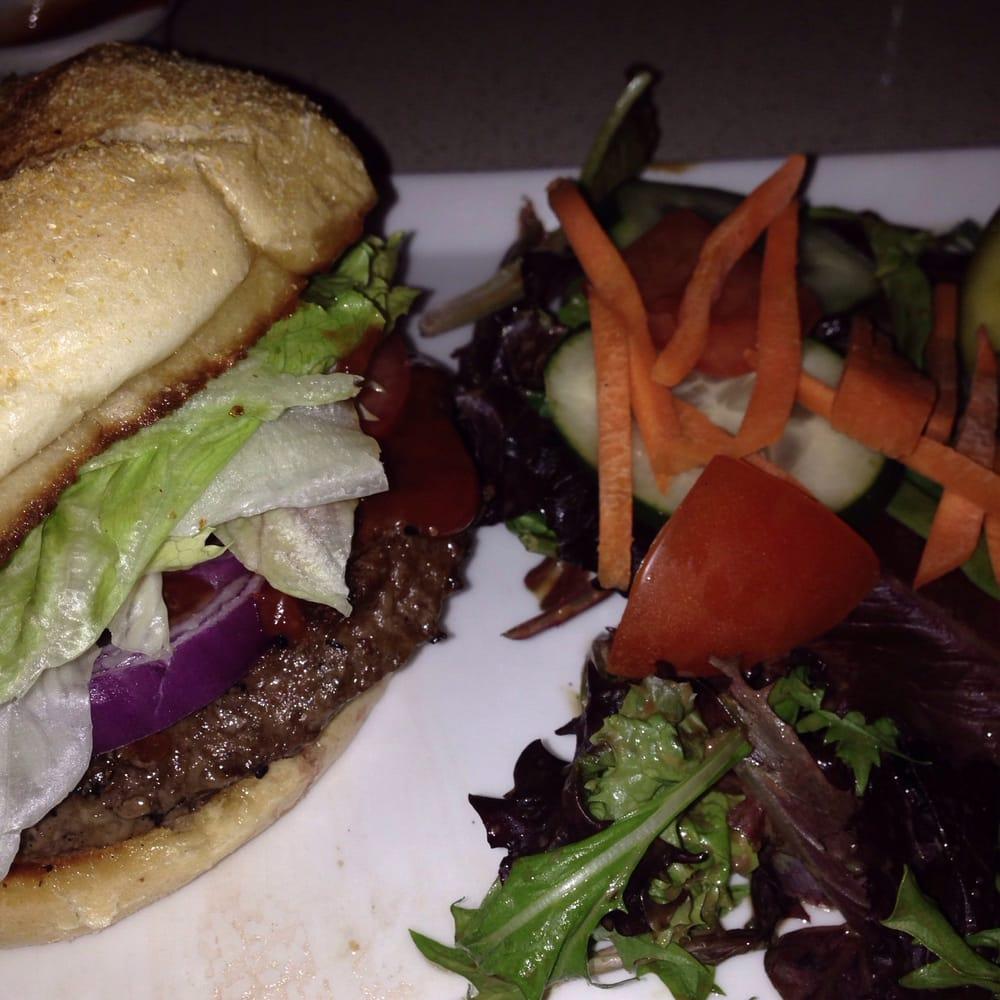 Tavern Off the Green: 432 Bantam Rd, Litchfield, CT
