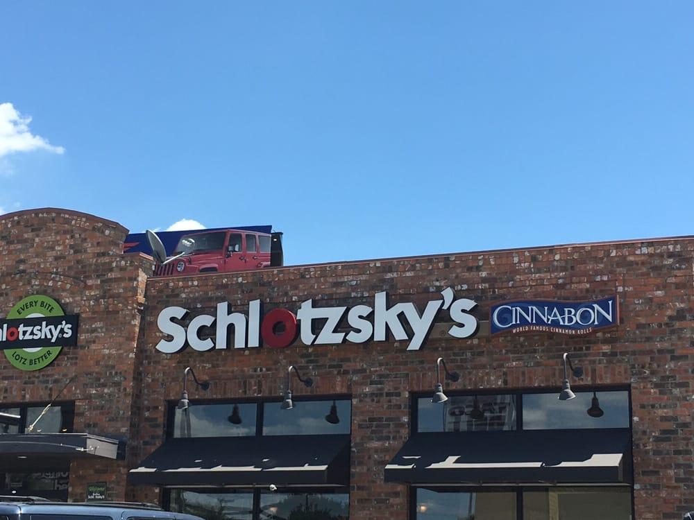 Restaurants Near  N Stemmons Fwy Dallas Tx