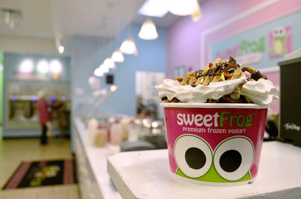 Sweet Frog Premium Frozen Yogurt: 22855 Brambleton Plz, Brambleton, VA