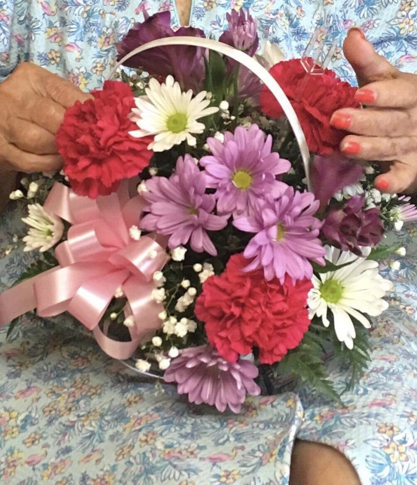 Greenville Floral & Gifts: 6008 Wesley St, Greenville, TX