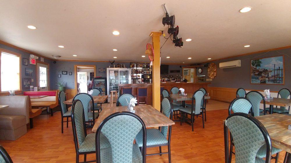 Lake Hudson Inn: 178 Lewis Dr, Adair, OK
