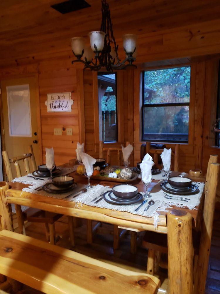 Sundown Cabin Rentals: Broken Bow, OK