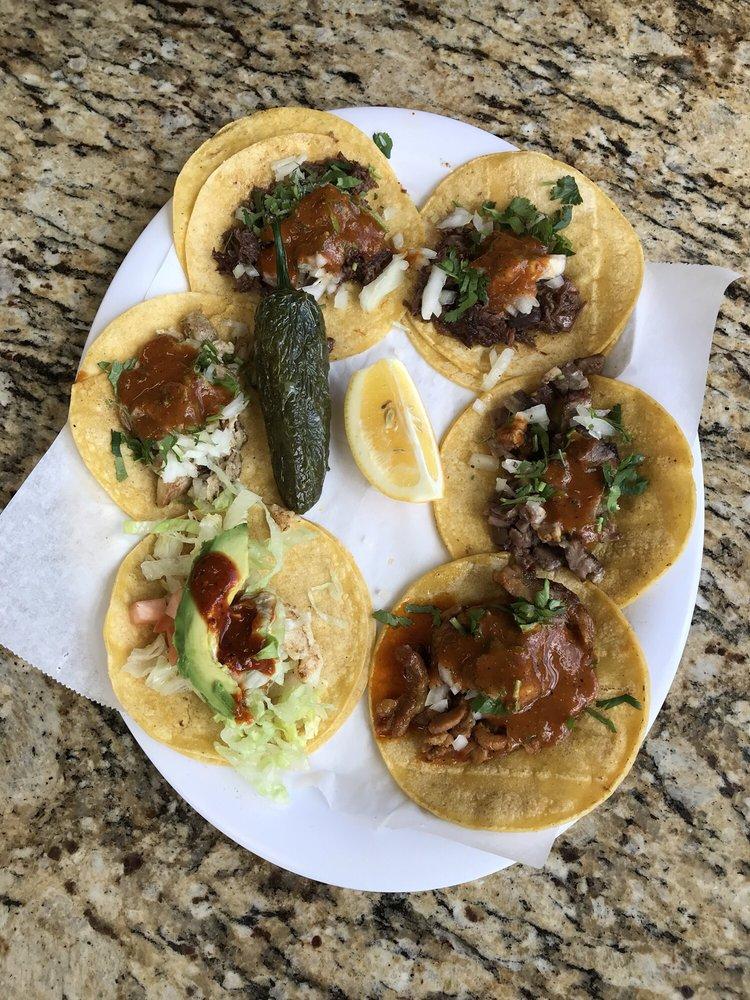 Taqueria Hidalgo: 23477 Grant St, Chualar, CA
