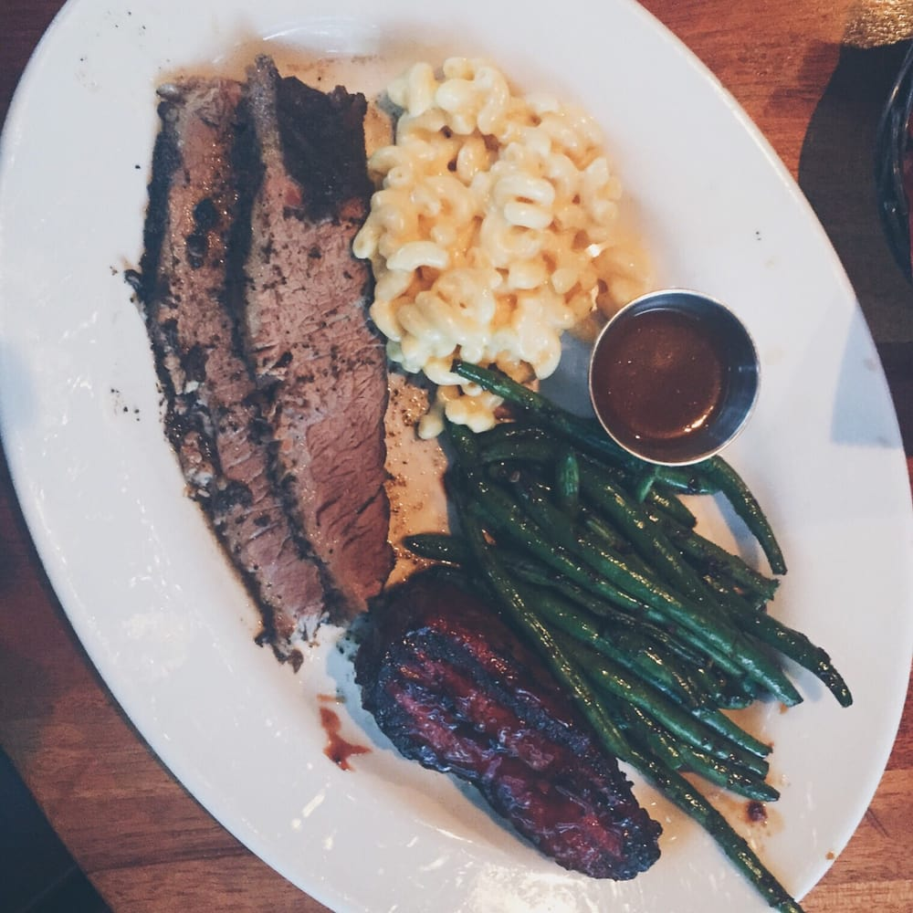 The Tri-tip And Brisket Combo With Sides Of Mac N Cheese