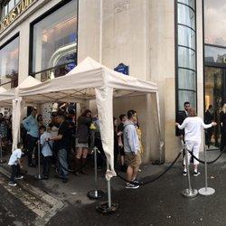 f63139469f8ff Louis Vuitton - 538 Photos & 262 Reviews - Luggage - 101 ave des Champs- Elysées, Champs-Elysées, Paris, France - Phone Number - Yelp