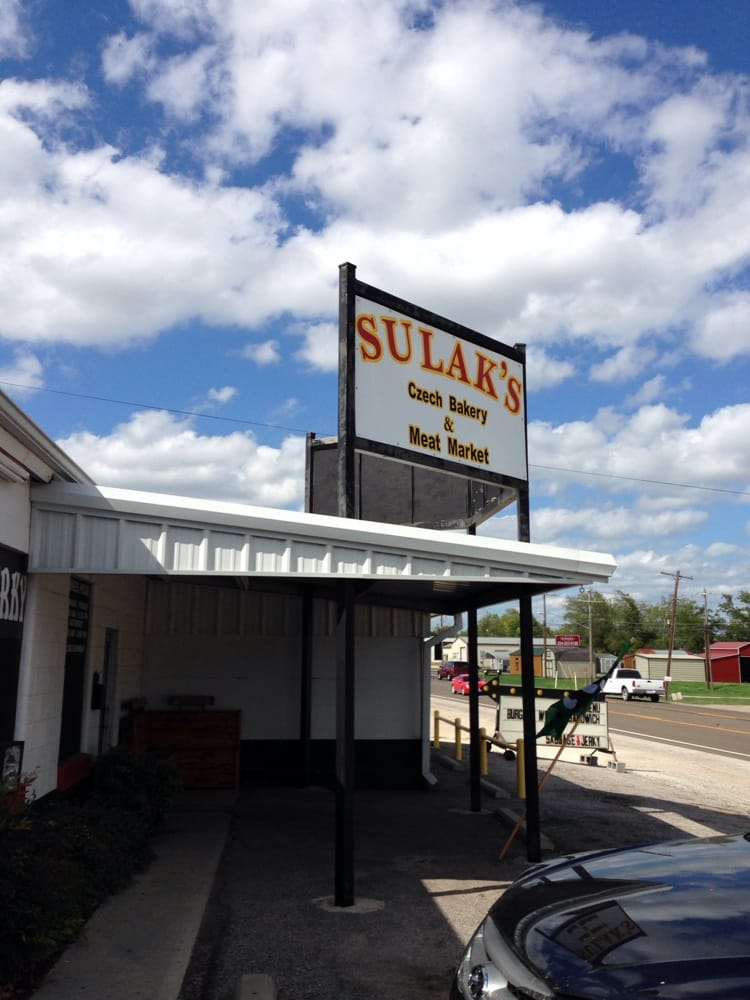 Sulak's Czech Bakery & Meat Market: 710 N Avenue G, Clifton, TX