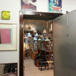 Vintage design market aukiolo
