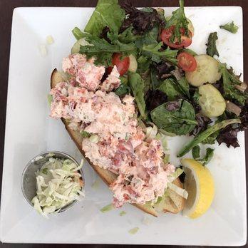Rowayton Seafood Fish Market - Seafood Markets - 89 Rowayton Ave, Norwalk, CT, United States ...