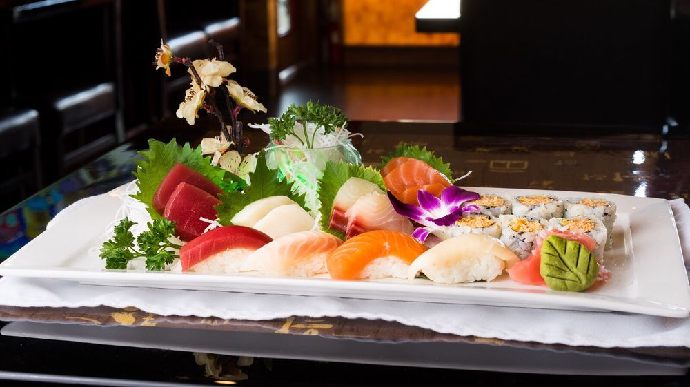 Kai's Sushi & Grill: 17420 Minnetonka Blvd, Minnetonka, MN