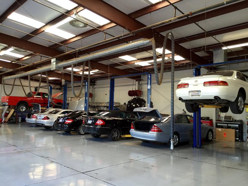 Inside the service garage yelp for Garage europe auto center fresnes