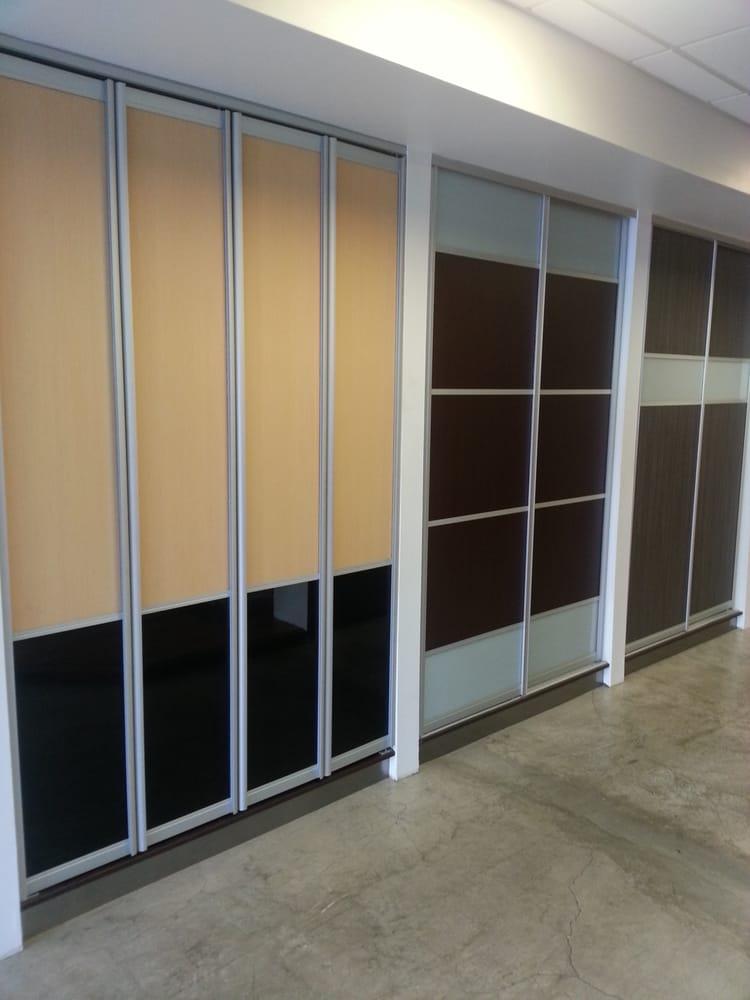 Armadi closets kitchens closed 80 photos interior for Armadi california porto rico