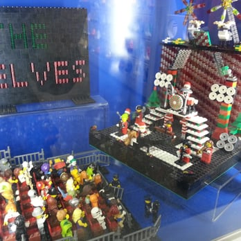 The Lego Store - Toy Stores - 55 W County Ctr, Des Peres, MO - Phone ...