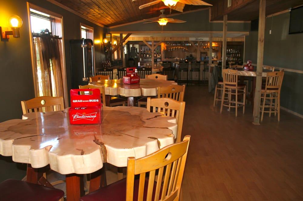 11 North Bar & Grill: 5233 US Rt 11, Pulaski, NY