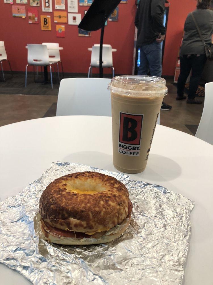 biggby coffee: 598 Gateway Blvd, Chesterton, IN