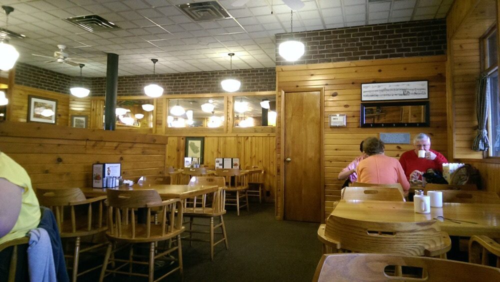 Fayze S 38 Photos 87 Reviews Bakeries 135 S 4th St La Crosse Wi United States