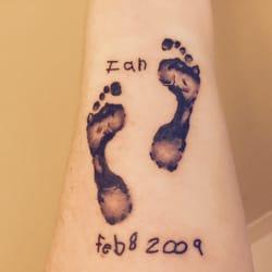 Sorry mom tattoo 43 photos 18 reviews tattoo 808 for Tattoo fredericksburg va