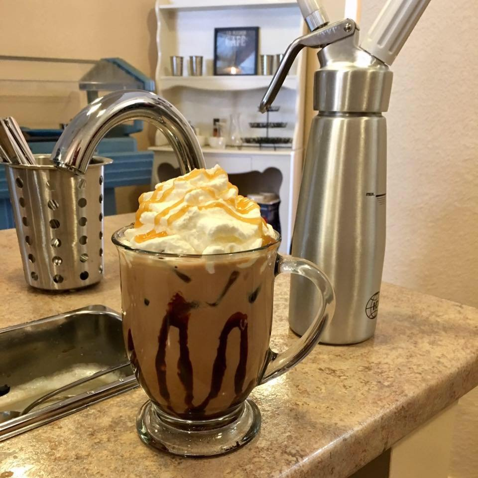 Caleo Cafe: 113 W Maumee St, Angola, IN