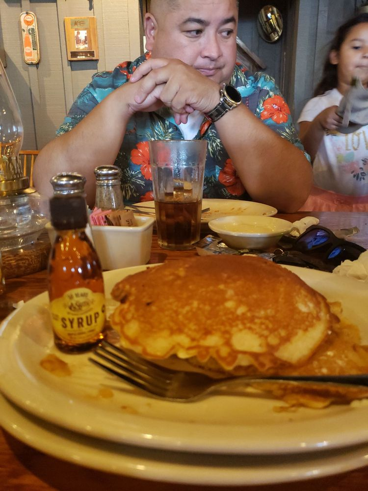 Cracker Barrel Old Country Store: 235 Long Hollow Pike, Goodlettsville, TN