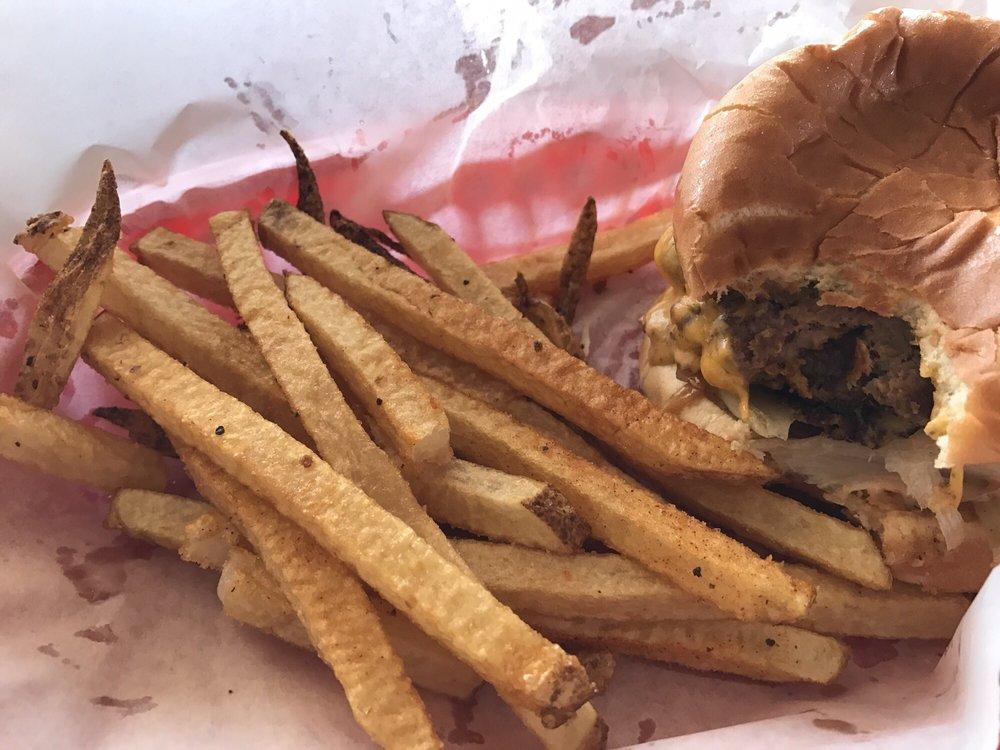 Burger 101 & Steak: 390 Main St, Savannah, TN