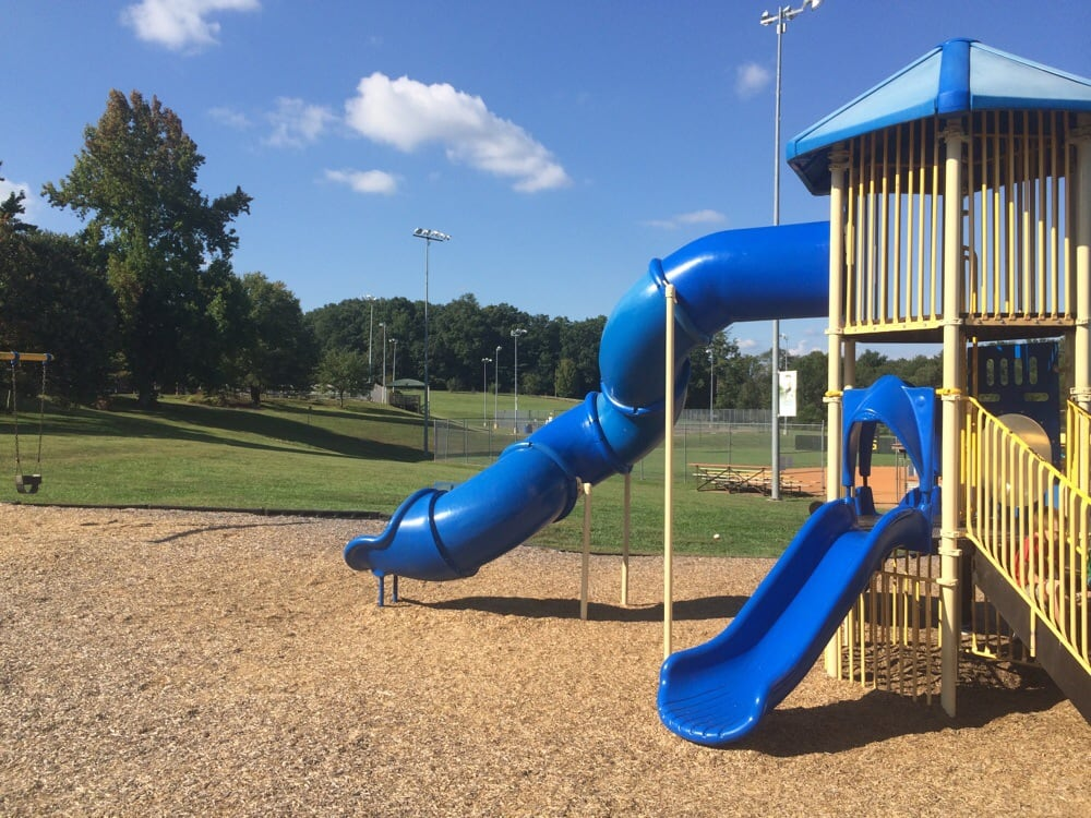 Henderson County Recreation and Park Concessn Stnd: 801 Glover St, Hendersonville, NC
