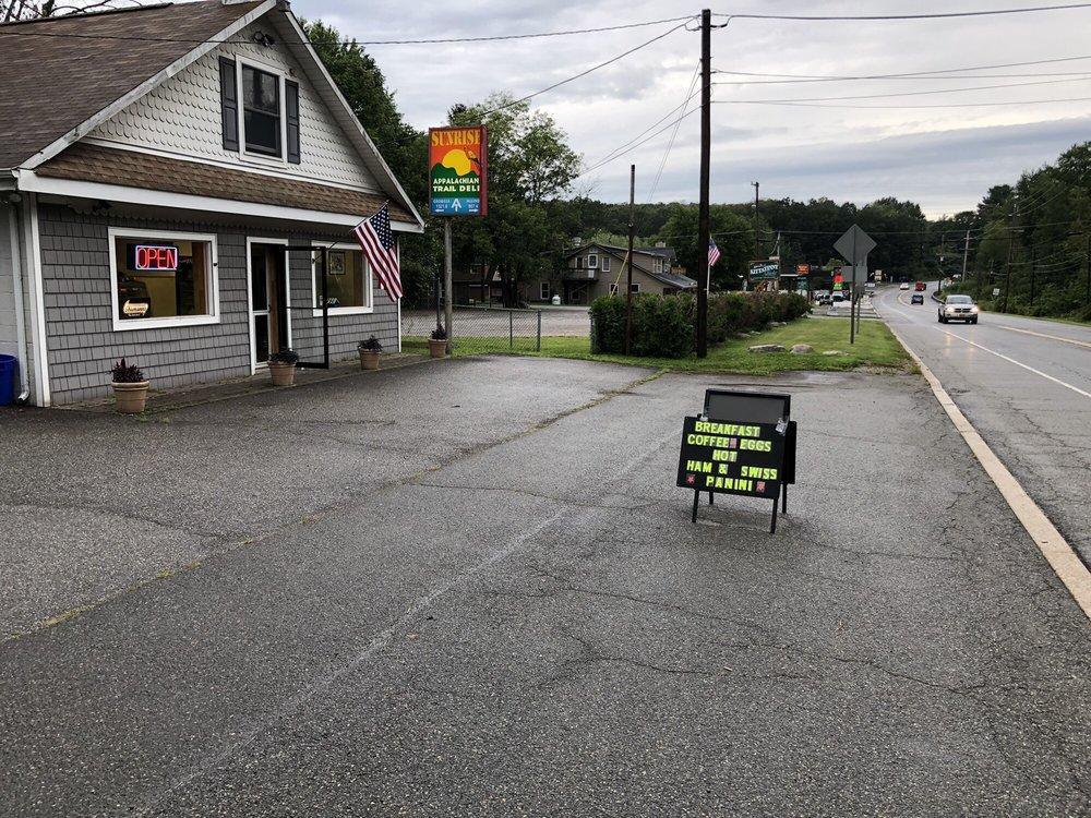 Sunrise Appalachian Trail Deli: 15 Route 206, Sandyston, NJ