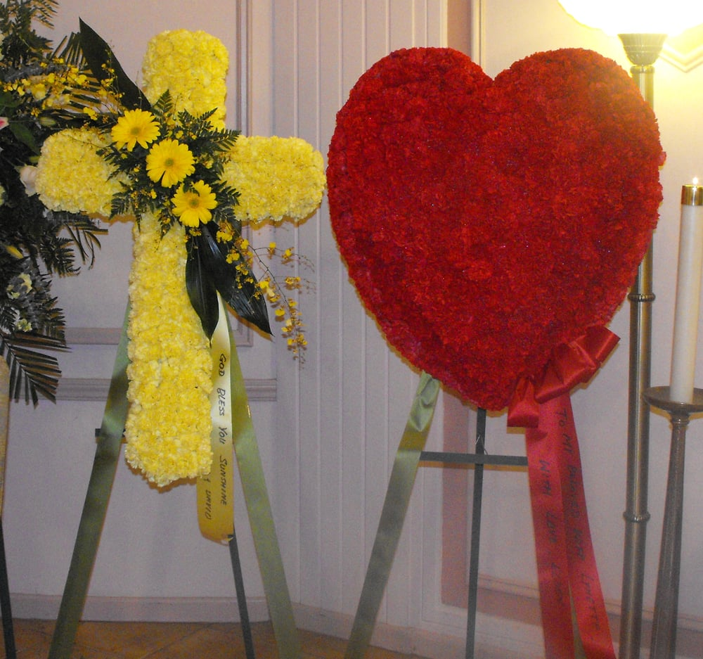 Yellow Cross Funeral Spray Closed Red Heart Spray Yelp