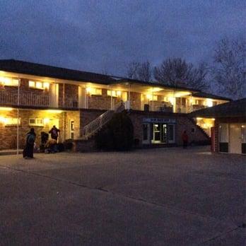 Snowy mountain coach motor inn hotels jindabyne rd for Motor inn near me