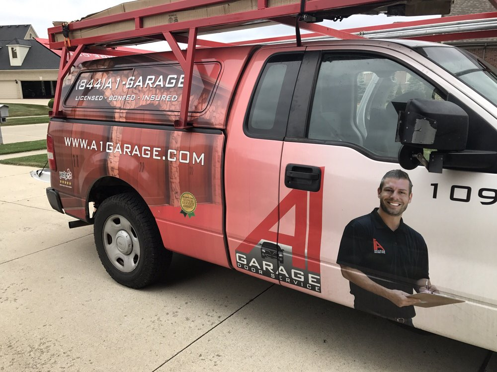 Superbe Photos For A1 Garage Door Repair   Michigan   Yelp