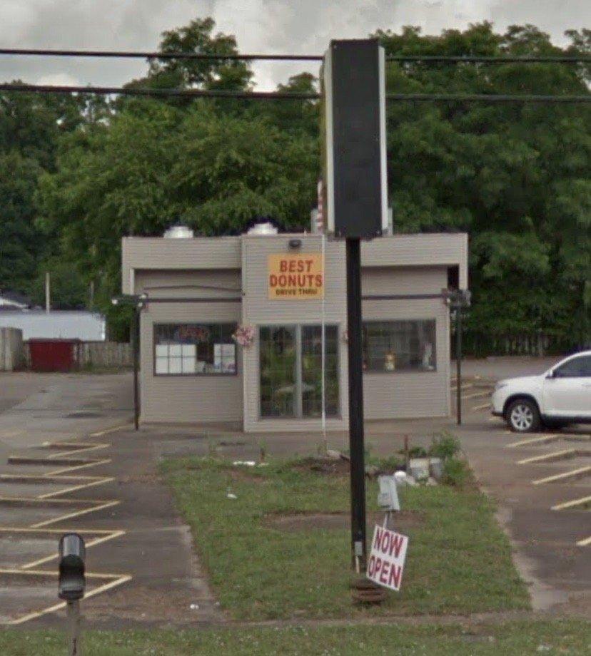 Best Donut: 1208 N Main St, Tompkinsville, KY