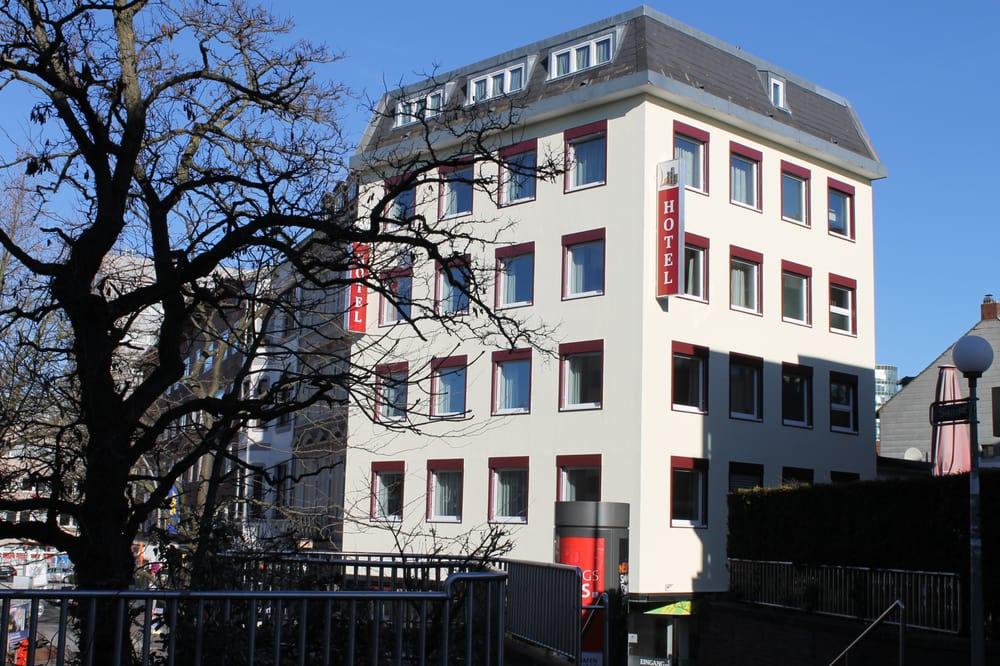 Apartment Hotel Am Sand Zentrum Hamburg Harburg Im Neuen Look Yelp
