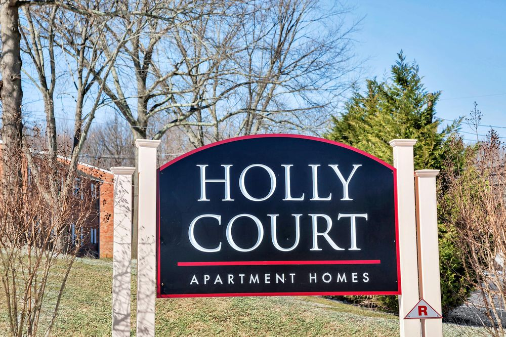 Holly Court Apartments Pitman