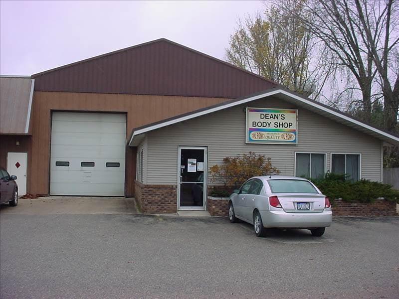 Dean's Body Shop: 6931 E 34th Rd, Cadillac, MI