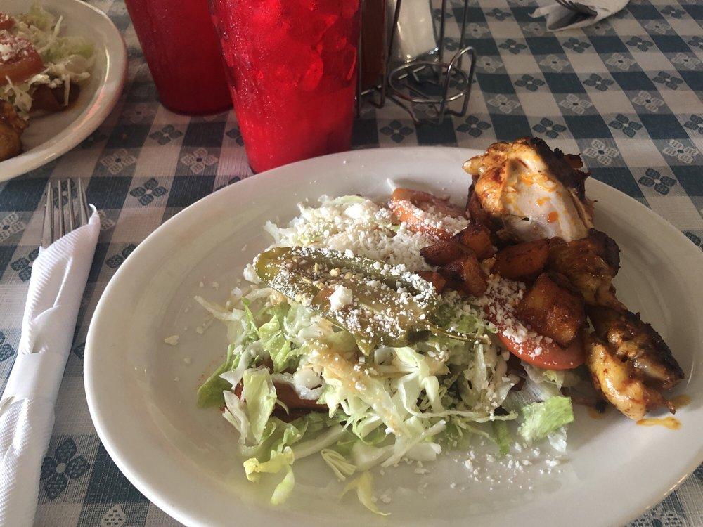 Victoria's Mexican Restaurant: 9502 Fm 773, Murchison, TX