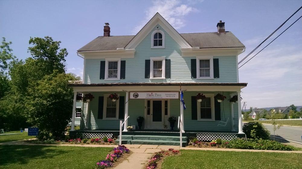 House Paws Animal Hospital Lovettsville: 2 E Pennsylvania Ave, Lovettsville, VA
