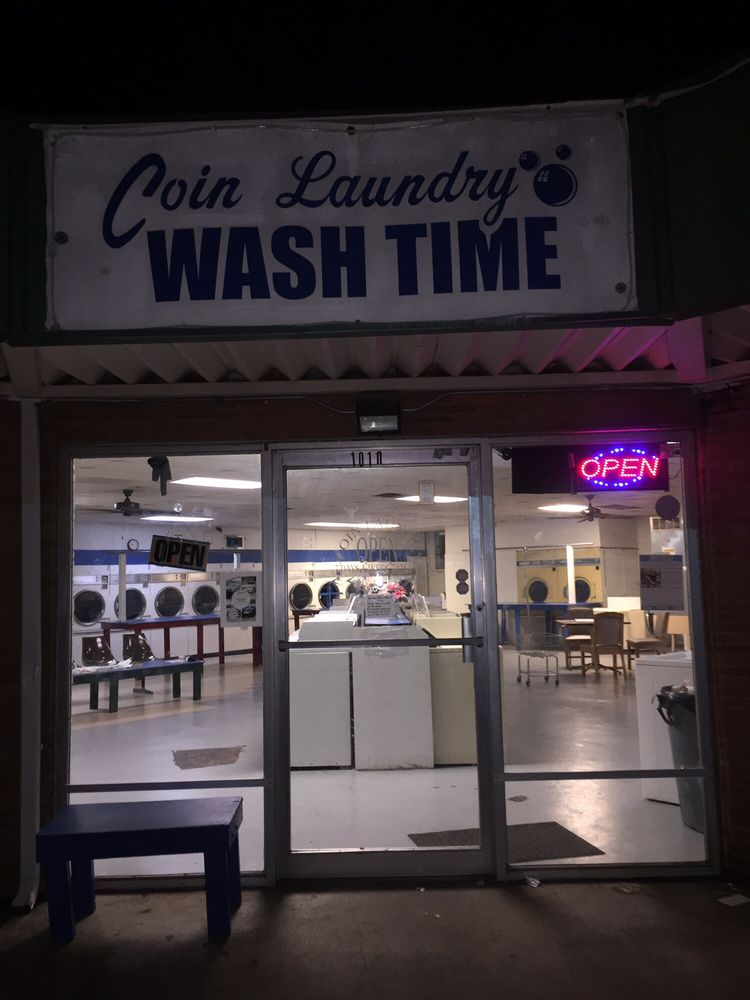 Washtime Coin Laundry: 1010 Wall St, Jonesboro, AR