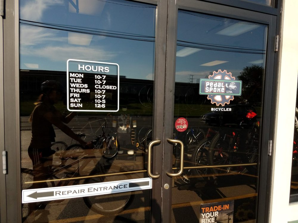 Pedal & Spoke: 157 S Lincolnway St, North Aurora, IL