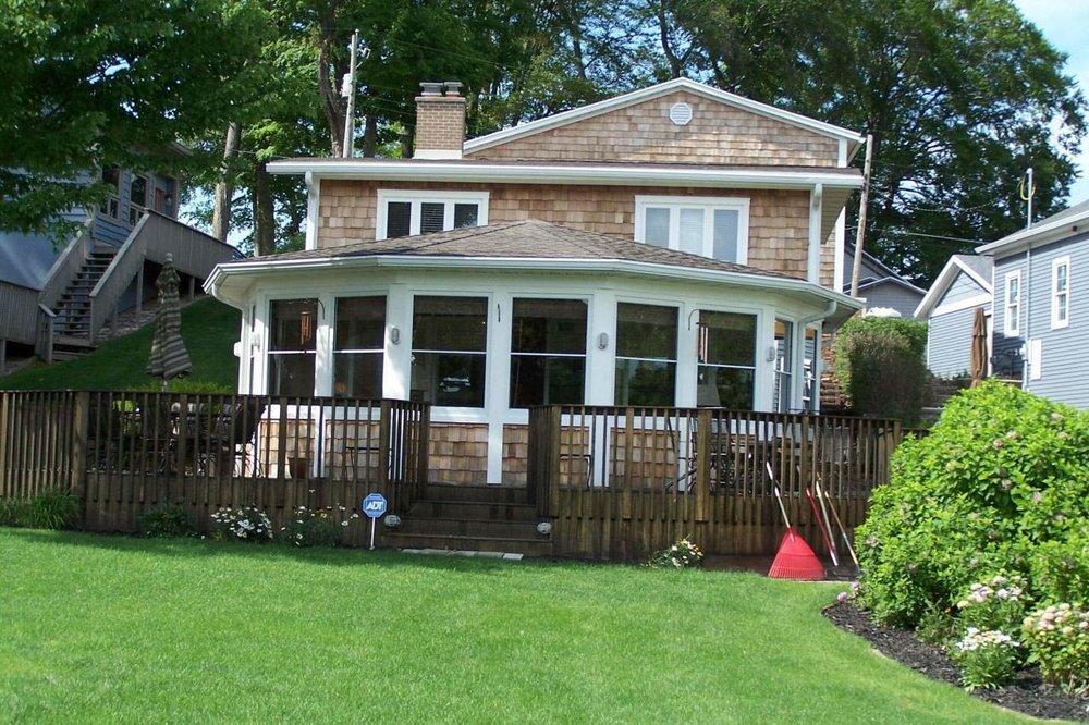 Cressy & Everett Real Estate - Dowagiac Office: 701 Spruce St, Dowagiac, MI
