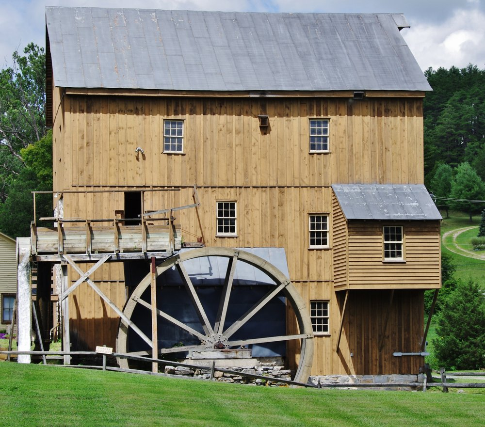Wade's Mill: 55 Kennedy Wades Mill Lp, Raphine, VA