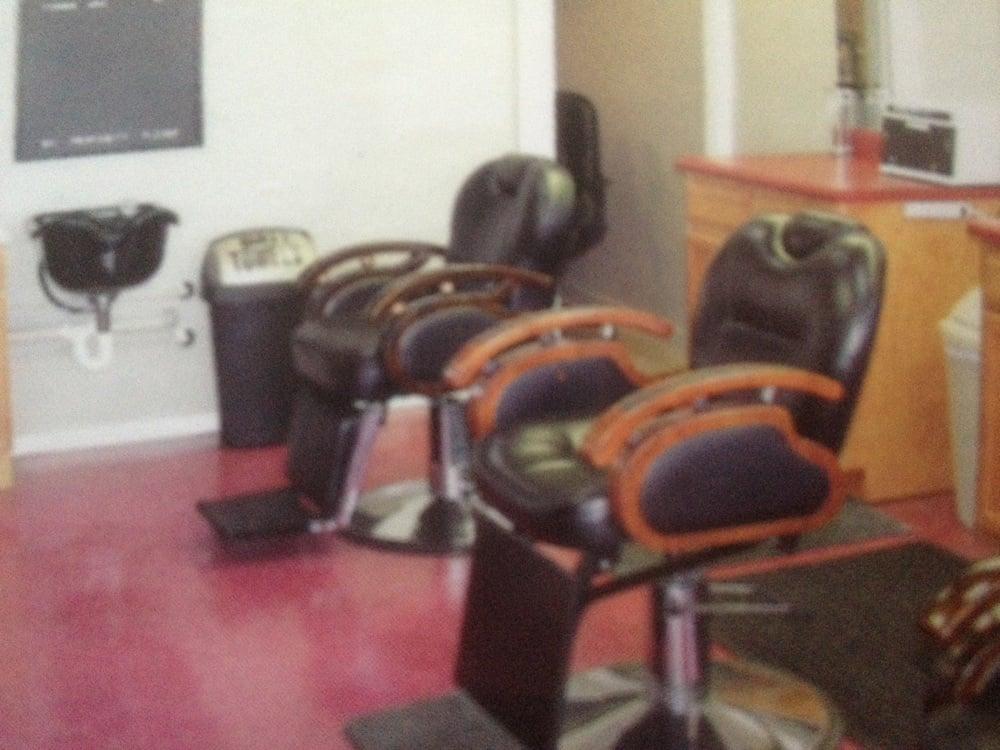 Next Level Barbershop: 324 2nd Ave N, Lewisburg, TN