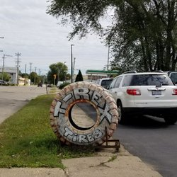 T Rex Tires Tires 1501 18th Ave Rockford Il Phone Number