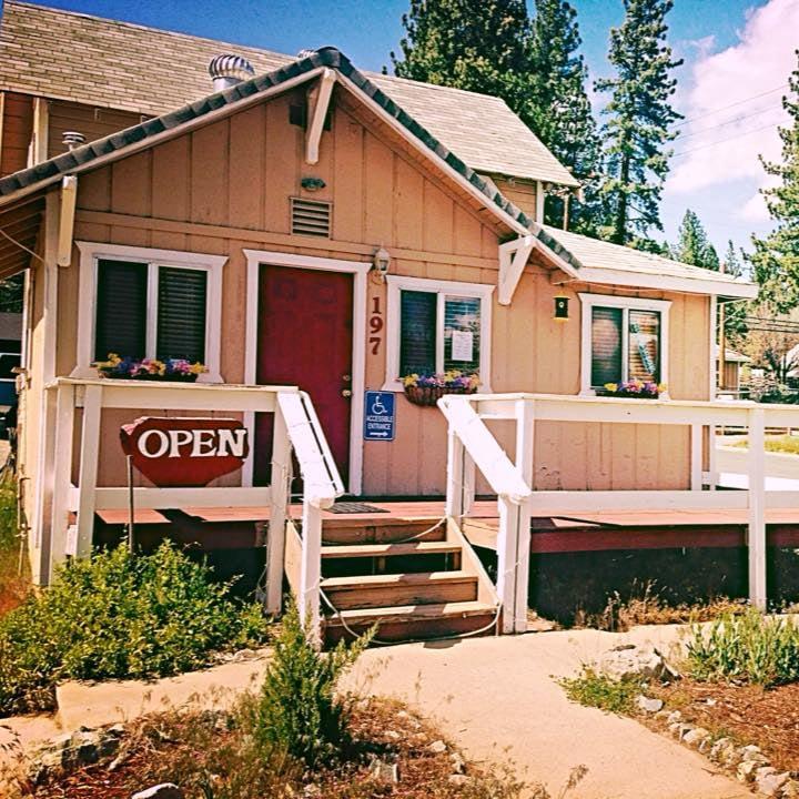 Alpine Health Center: 197 E Sierra St, Portola, CA