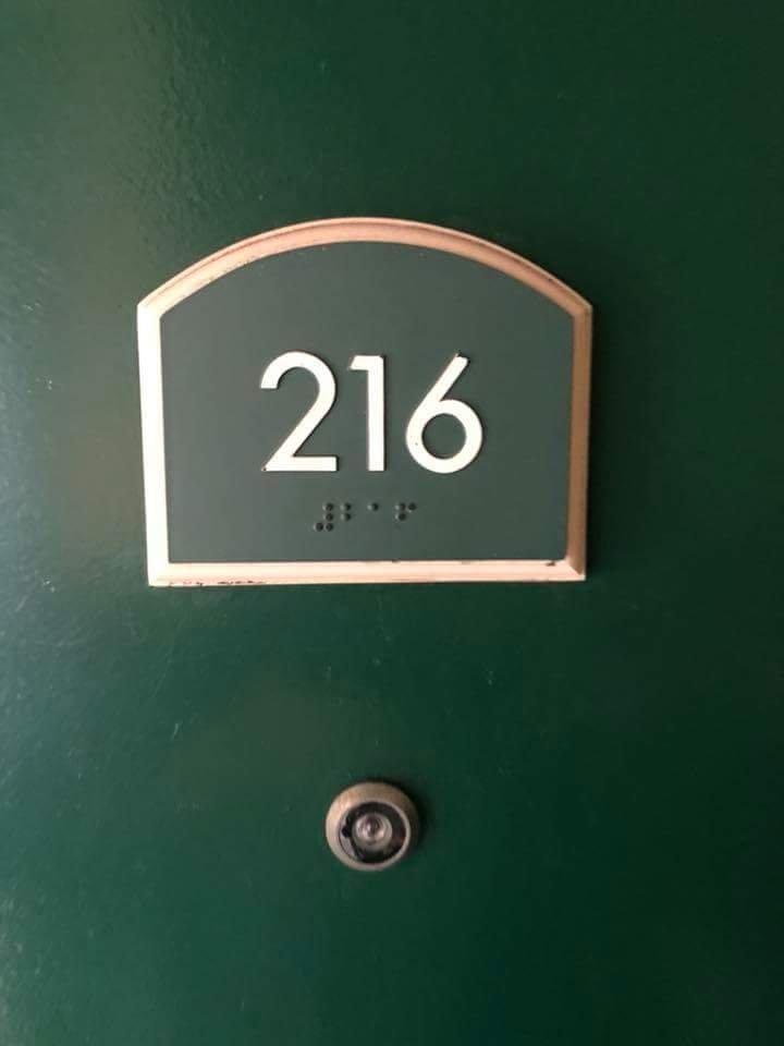 Best Motel & Suites
