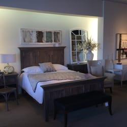 structube magasin de meuble 7190 boul langelier saint l onard montr al qc canada. Black Bedroom Furniture Sets. Home Design Ideas