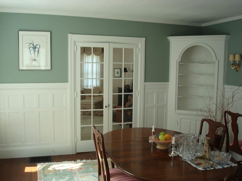 Dining room photo1 ceiling ben moore regal flat finish - Matte finish paint for walls ...