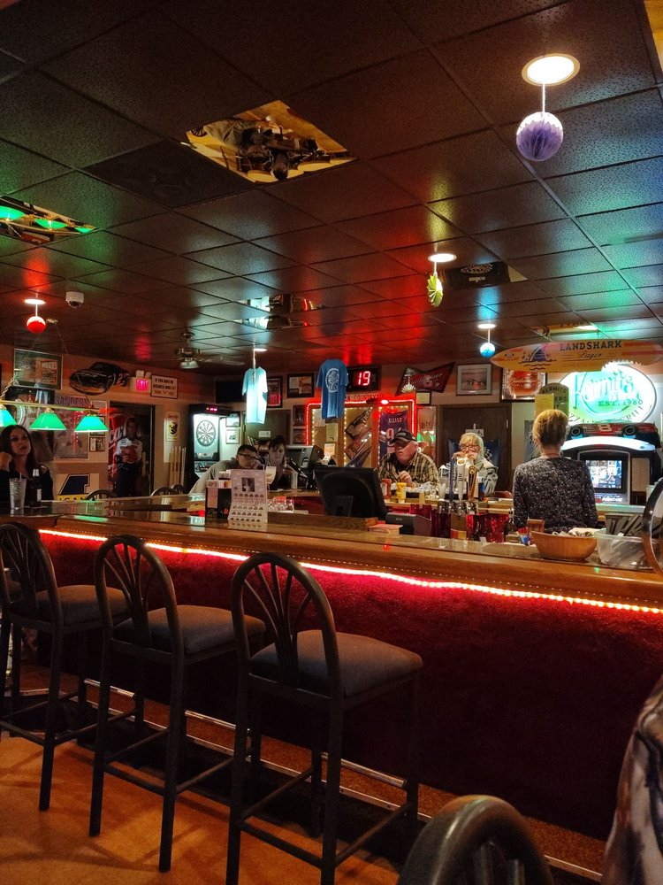 Kermit's Pizza, Pub & Grill: 500 Washington Ave, Iron River, MI