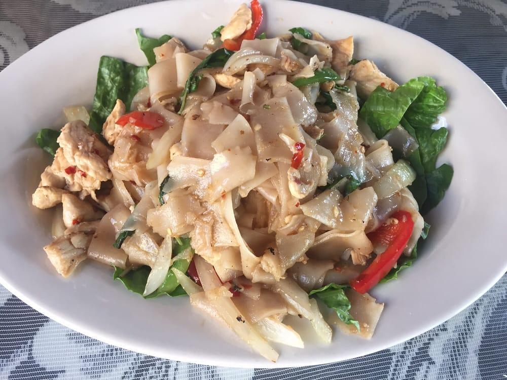 Photos for sam 39 s bann thai yelp for Angel thai cuisine riverside ca