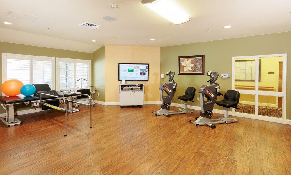 Arlington Gardens Care Center 17 Photos 44 Reviews Rehabilitation Centre 3688 Nye Ave