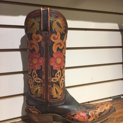 Sean Ryon Western Store Saddles Hats and Tack - 2707 N Main