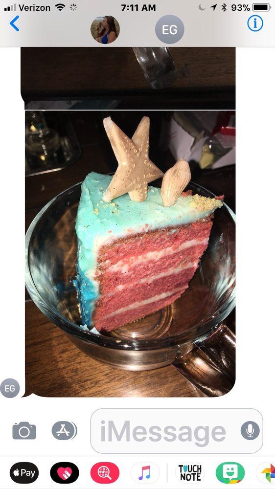 Mandie Bakes Custom Cakes: Crossville, TN