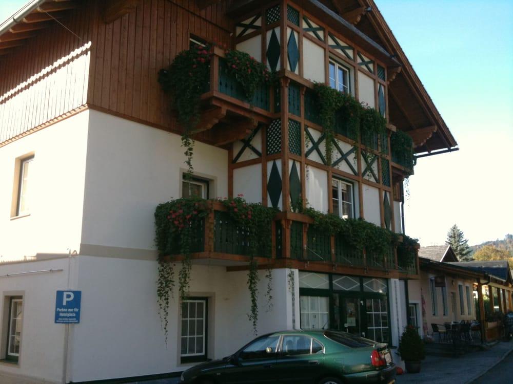 Gasthof zum hirschen hotel fischerndorf 17 altaussee for Hotel numero